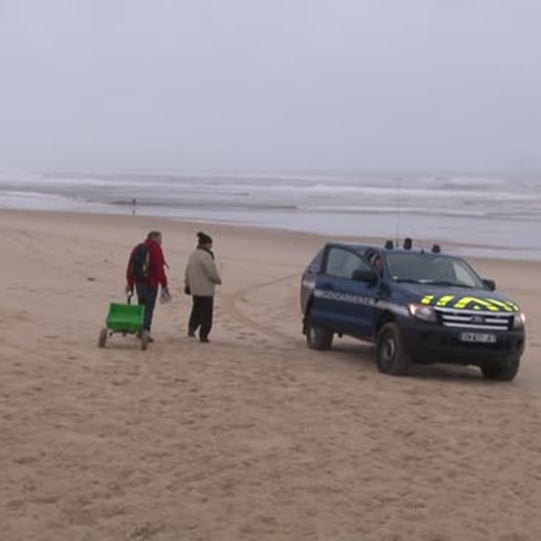 Descubren paquetes misteriosos en esta playa