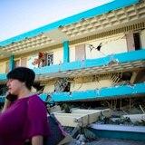 A paso de tortuga la reconstrucción de escuelas en el sur