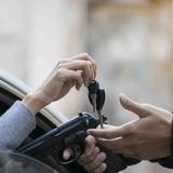 "Investigan ""carjacking"" en gasolinera de Isabela"