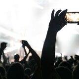 ¿Con o sin celular en los conciertos?
