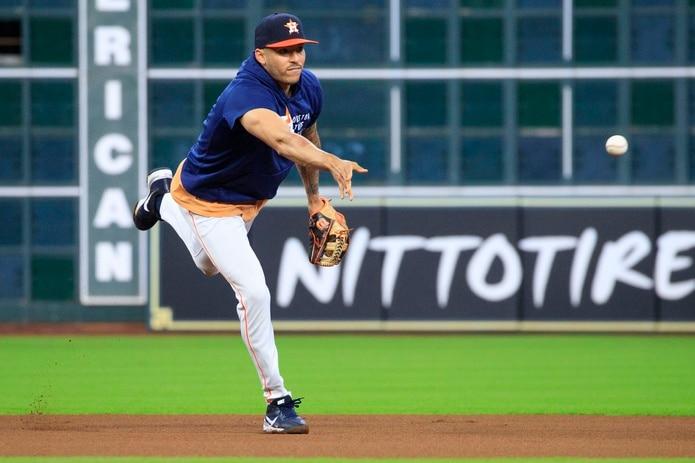 Los Astros, que tuvieron el miércoles libre, realizaron hoy una práctica de cara al primer juego de la Serie de Campeonato de la Liga Americana que arranca mañana.