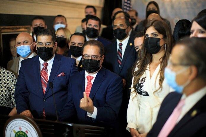 """""""No anunció hoy ningún proyecto, ninguna agenda. Nada en salud, educación y desarrollo económico"""", dijo el presidente del Senado, José Luis Dalmau Santiago."""