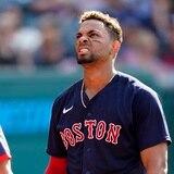 Xander Bogaerts es el Red Sox que más reciente arrojó positivo a COVID-19