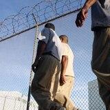 Ocupan paquete con drogas sujetadas a un drone en cárcel de Aguadilla