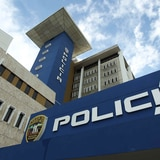 Investigan robos de carros en San Juan