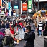 Nueva York ofrecería vacunas contra COVID-19 a turistas en las atracciones de la ciudad