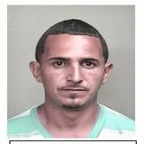 Fugitivo buscado por violencia doméstica hirió de bala a un agente para evitar su arresto