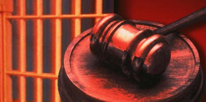 Luis A. Vélez Sánchez fue acusado por cometer violación técnica contra una niña de 12 años, también en Barceloneta. (Archivo)