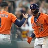 Carlos Correa produce la del empate en ruta a un triunfo de los Astros de Houston