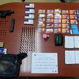 Ocupan tarjetas del PAN en un allanamiento en Juncos
