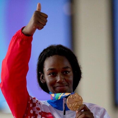 Resuena el himno boricua con la medalla de Crystal Weekes
