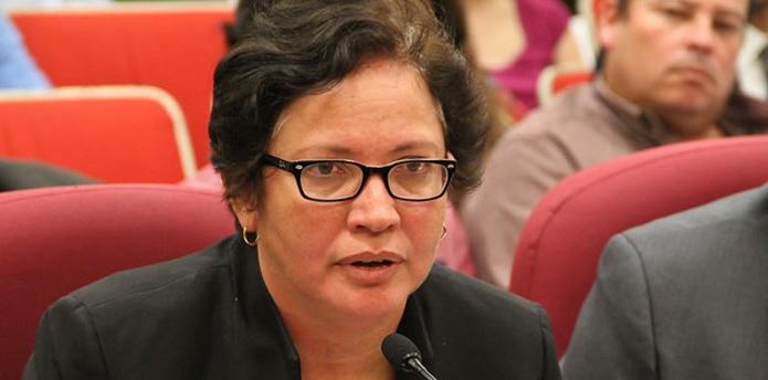 Myrna Comas, secretaria del Departamento de Agricultura,  afirmó que el proyecto aprobado por la Cámara de Representantes no contiene todas las recomendaciones emitidas la agencia que dirige. (Especial GFR Media / Estela Rodríguez)