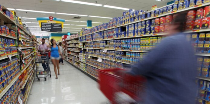 """""""Eso es todas las góndolas del supermercado o parcialmente todas las góndolas. Decir que es 5% nada más no es cierto"""", sentenció el presidente de MIDA. (Archivo)"""