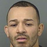 Peleador de UFC acuchilla a sus hermanas en Florida