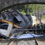 Varios muertos y decenas de heridos en accidente de tren en España