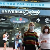 Parque de Universal en Orlando aumenta el salario mínimo a 15 dólares la hora