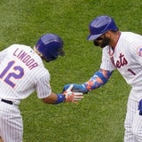 Bambinazo de Francisco Lindor impulsa a los Mets sobre San Diego