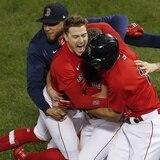 Se guillan los boricuas con los Red Sox de Boston