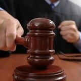 Buscan a dúo acusado en ausencia por crimen de un hombre en San Sebastián
