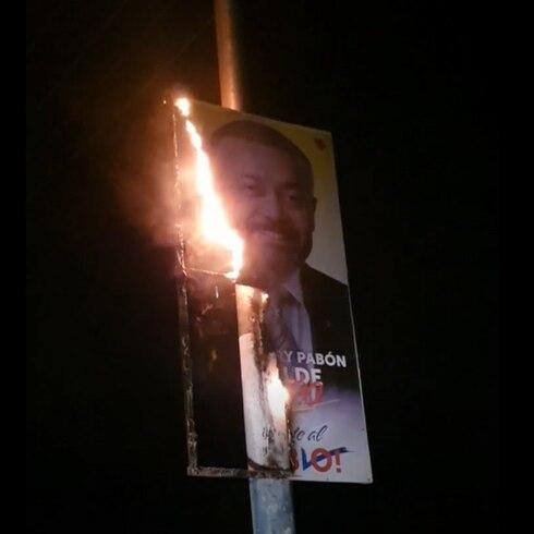 Queman propaganda política en Ponce