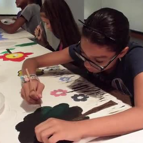 Estos niños boricuas pintan y venden sus obras