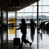 Muere hombre en avión en ruta a Puerto Rico
