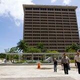 Edificios Públicos explica por qué sus edificios están tan deteriorados