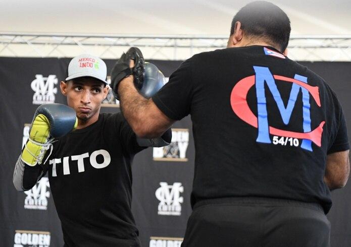 """Ángel """"Tito"""" Acosta completará en Puerto Rico la preparación para retar a Junto Nakatani por el cetro de la OMB en las 112 libras."""
