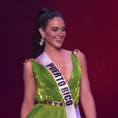 Se luce Estefanía Soto en traje de noche durante la preliminar de Miss Universe