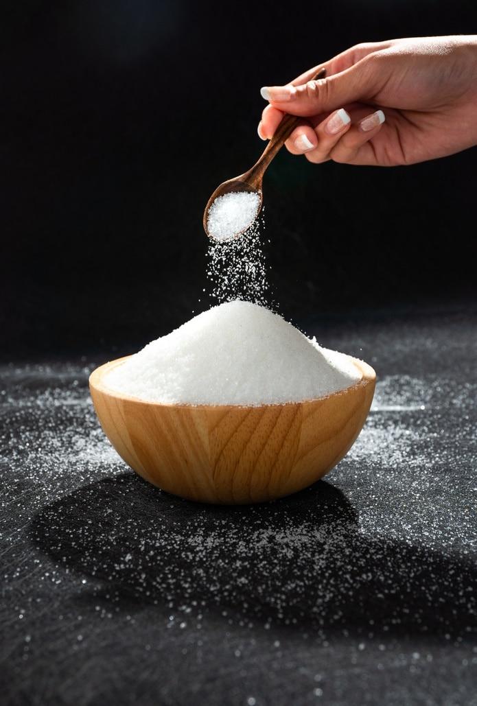 La mayoría de la gente no sabe cuánto sodio consume ni el riesgo que ello supone, asegura el director general de la OMS.