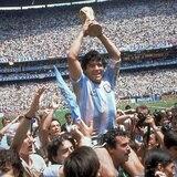 10 datos de la carrera de Diego Maradona
