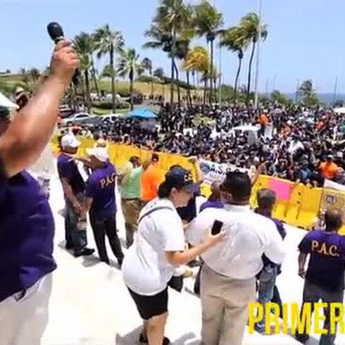 Uniformados protestan frente al Capitolio