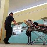 Centro Médico recibe 89 pacientes durante despedida de año