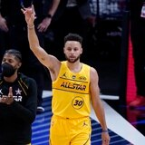 Stephen Curry volvió a ser el rey del triple