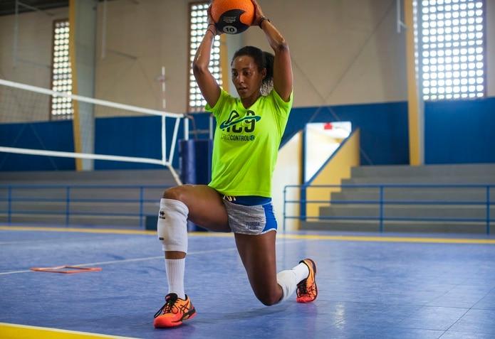 Aury Cruz jugará con las Valencianas de Juncos.