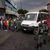 Escasez de gasolina en Venezuela se torna en pánico