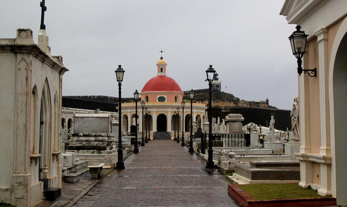 62G5BAFPQRG7ZK3ELFQ7NGBFOY - Destrozos en El Cementerio Santa María Magdalena de Pazzis