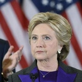 """Hillary Clinton: """"son momentos preocupantes"""""""