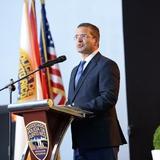 Gobernador presentará medida para reforzar  órdenes de protección por violencia de género