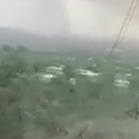 Se forma una tromba terrestre en Lajas