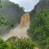Impresionantes imágenes del cañón San Cristóbal tras lluvias de la tormenta Isaías