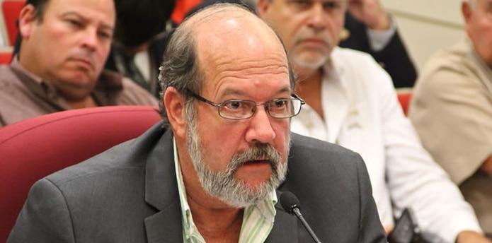 El sub secretario de Agricultura, Francisco Aponte Hasta, afirmó que hasta el presente no se han encontrado nuevos especímenes de la mosca. (Archivo)