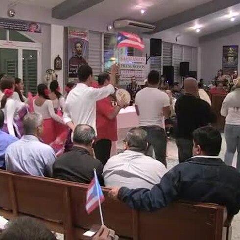 Conmemoran aniversario de la bandera en misa de aguinaldo