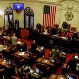 Senado colgaría nombramiento de juez al Apelativo
