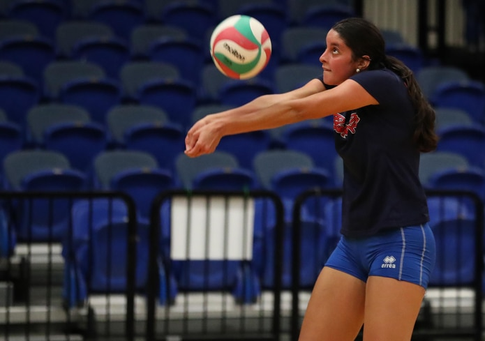 Neira Ortiz Ruiz cargó con el premio a la Jugadora de Más Progreso de la temporada 2017 del Voleibol Superior Femenino.