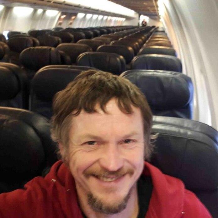 El Boeing 737-800 en el que iba Skirmantas Strimaitis tiene un cupo de hasta 188 pasajeros. (Skirmantas Strimaitis vía AP)