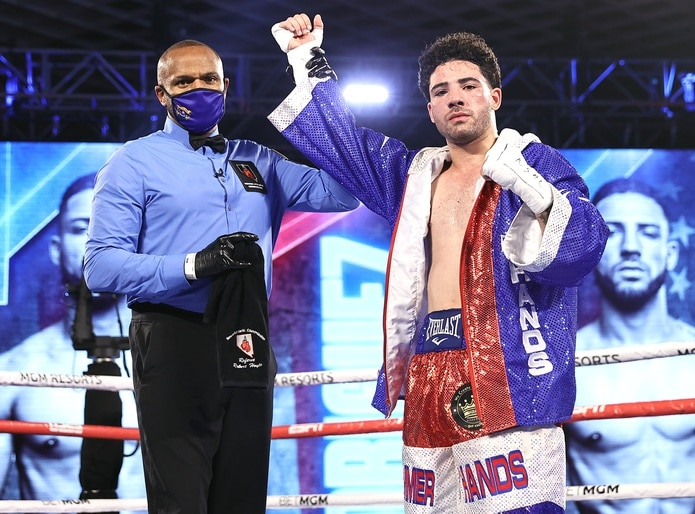 Julián Rodríguez no he perdido en 21 peleas que ha celebrado en el boxeo rentado.