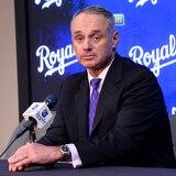 Decepcionados los jugadores de MLB con propuesta económica