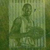 Aparece Kobe Bryant en la grama de un parque