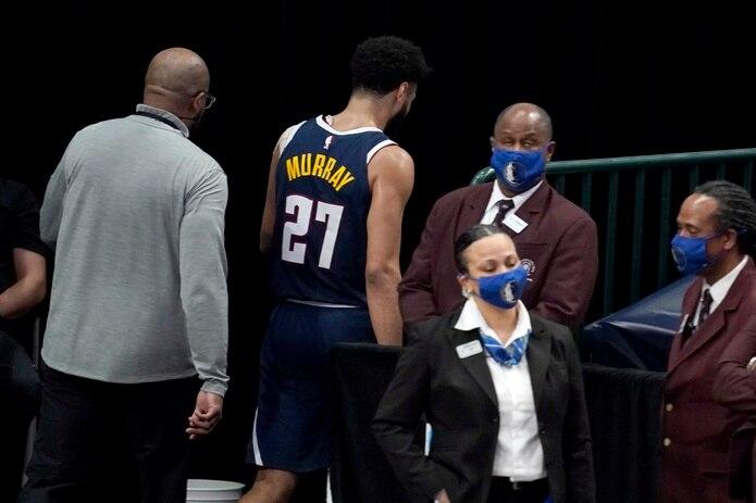 Jamal Murray fue expulsado del encuentro contra los Mavericks de Dallas.